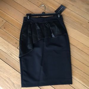 ZARA skirt faux leather outer. back zipper